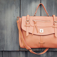 The Nash Tote in Peach