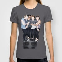 5sos slsp cover T-shirt by kikabarros