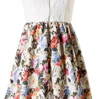 Lace Floral Sweetheart Dress