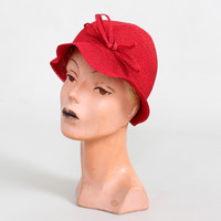 Vintage 1930s Jaunty Red Straw Bucket Hat