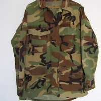 Vintage Military Field Jacket Woodland Camouflage Medium