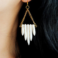 White Spike Earrings and Chain by theblackfeather on Etsy