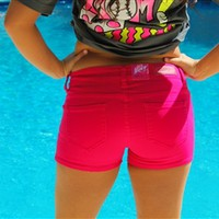 Southern Favorite Shorts - Hot Pink