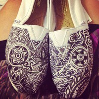 CUSTOM TOMS women's shoes!