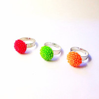 Handmade Set of 3 Bright Dahlia Adjustable Rings Green pink Orange neon coachella summer daisy