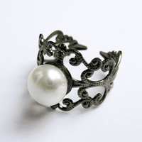 Freshwater Pearl Ring   Gunmetal VintageStyle by SkyeDancerJewelry