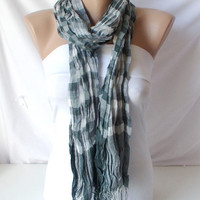 Unisex Scarf from 100 Viscone and coton mix with plaid by Periay