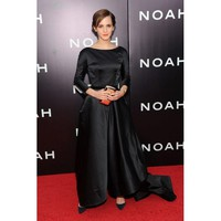 Emma Watson Noble Sweep Sheath Round-neck Long Sleeveless Tafetta Celebrity Dress