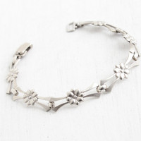 Vintage Sterling Silver Flower Bracelet - 1940s Linked Floral Panel Hallmarked WRE Jewelry