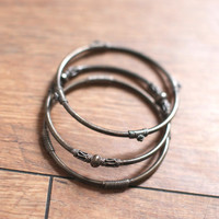 Metal Bangle Set — Bib + Tuck