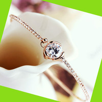 Exclusive Diamond Rhinestoen Bangle