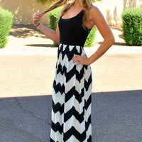 CRUISE BOUND CHEVRON MAXI DRESS IN WHITE