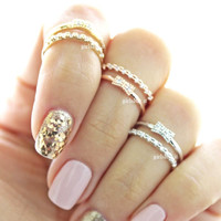 girlsluv.it - ribbon knuckle ring, crystals