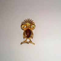 Vintage Owl Cabochon Brooch Gold Brown Rhinestone Eyes Costume Jewelry