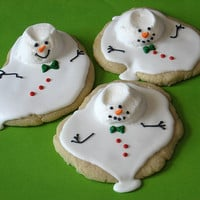 Four Melted Snowman Treats » Curbly | DIY Design Community « Keywords: snowmen, Christmas, cookies, cake