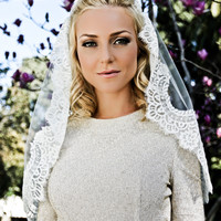 Chantilly Lace Juliet Bridal Cap Wedding Veil, Single Layer Mantilla, Fingertip, Waltz, Chapel, Cathedral, Style: Grace #1204