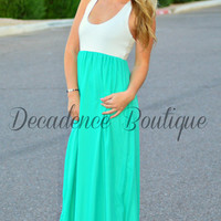 THE SWEETHEART CHIFFON MAXI DRESS IN TEAL