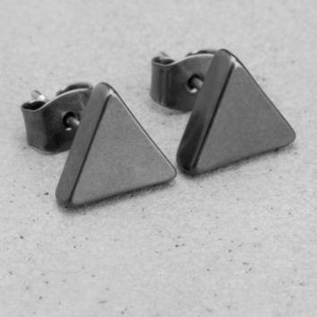 Triangle stud earrings | Triangle stud earrings | & Other Stories