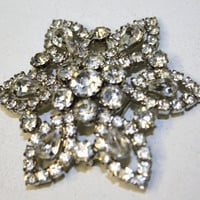 Vintage 1950 WEISS Rhinestone Brooch by patwatty on Etsy