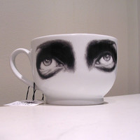 Original white ceramic mugs - Wonder