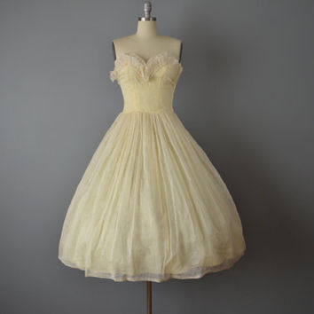 Vintage 50s Dress // 1950s Pale Yellow Strapless Party Dress // Small