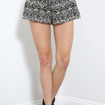 Got Heart Tribal Print Shorts | MakeMeChic.com