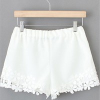 Sheinside Women's White Lace Floral Crochet Shorts