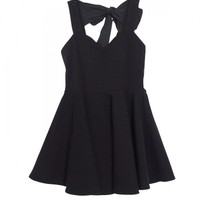 Back ribbon punch one-piece