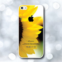 iPhone 5 Case, iPhone 5S Case - Sunflower /  iPhone 5S Case, iPhone 5S Cover, Cover for iPhone 5S, Case for iPhone 5S
