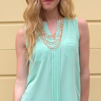 Pleated Front Sleeveless Blouse with Pockets - Mint