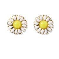 Cheerful Daisy Beads Stud Earrings Multi