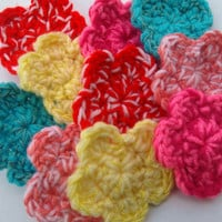 dual color crochet flowers set of 10 by mylittlebows on Etsy