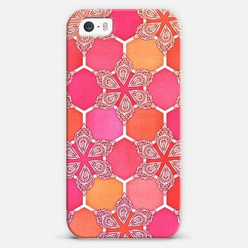 Pink Spice Honeycomb - Doodle Hexagon Pattern iPhone 5s case by Micklyn Le Feuvre | Casetify