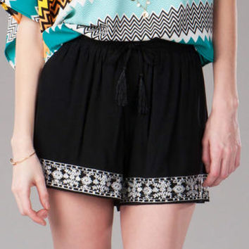 LYLE EMBROIDERED SHORTS