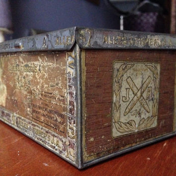 Alles and Fishers Cigar Tin Box