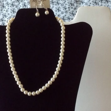 pure white pearl elegant evening necklace & earrings set modern women fashion jewelry 19 inch classy classic style fashionable sophisticated