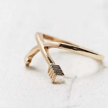 Arrow Midi Ring in Gold - Urban Outfitters