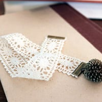 Lace Bookmark with Vintage Charm