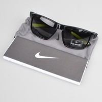 Nike Mojo EV0785-071 Sunglasses - Black