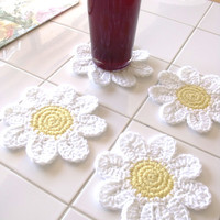 Daisy Coasters Crochet by Janesjunk on Etsy