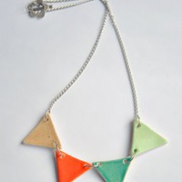 piiqshop - Market Place - Triangle Necklace Ceramic