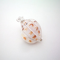 evy collection  sea shell pendant by KimberlyAnnMarie on Etsy