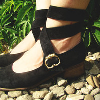 $27.00 VTG Renaissance leather Sandals/Women Black Size 6.5 by kickassvintage