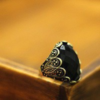 Vintage Black Oval Gem Ring Gofavor