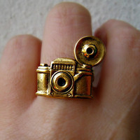 camera ring by alapopjewelry