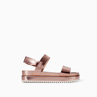 PLATFORM SANDAL WITH TRACK SOLE