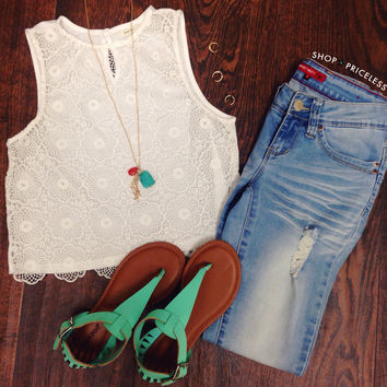 Eva Lace Crop Top - White