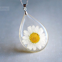 Botanical pendant Real White Daisy Botanical by Goodthings88