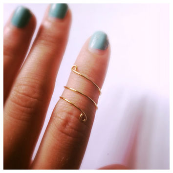 Gold Wrap Midi Ring