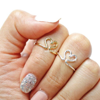 girlsluv.it - open heart knuckle ring